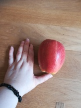 Giant apple from Millies